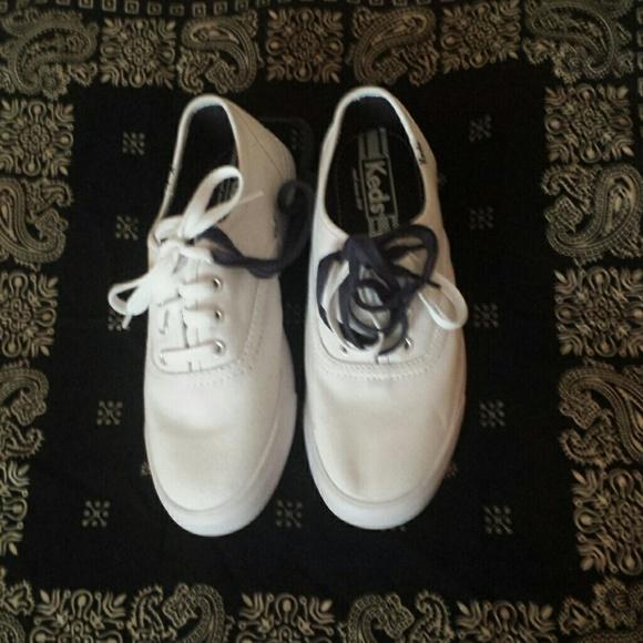 e8557fffa6516 Keds Shoes - NWOT Keds Classic Champion Original Sz.7